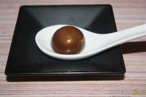 Sfera di cioccolato