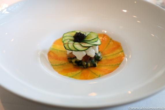 Viaggiatore Gourmet: Zucchini il suo fiore, caviale Calvisius, estratto di melanzana e crema di sesamo