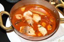 Zuppa di pesce, scoglio, molluschi, frutti di mare e crostacei (2 giorni di preparazione)