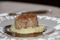 Vitello al cubo: demi glace al Franciacorta, purea di patate al rosmarino
